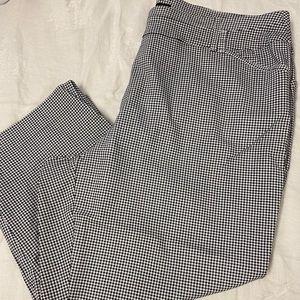 Checkered capris black&white savvy fit